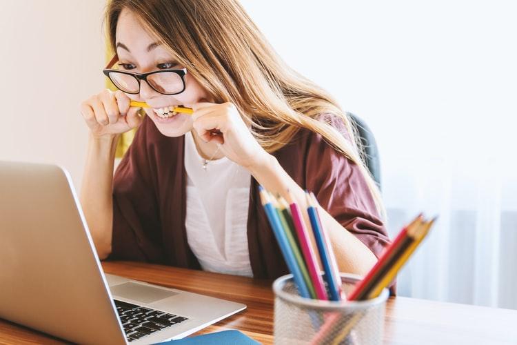 Có nên học tiếng anh online hay không?